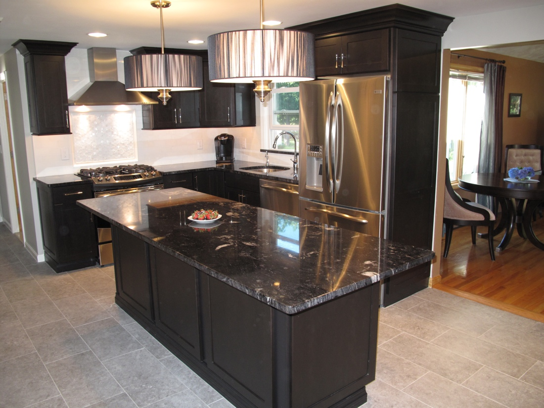Smithfield ri kitchen countertop center of new england for Patete kitchen bath design center reviews
